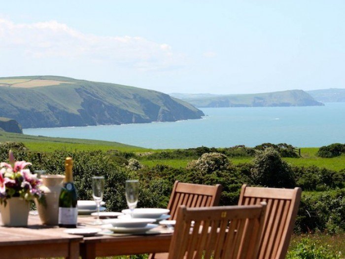 Coastal Group Accommodation with Hot Tub in Pembrokeshire