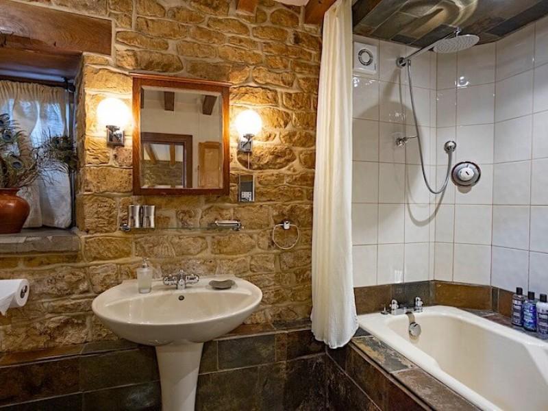 Chestnut Bathroom
