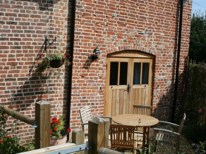 Marsh Cottage at Camps Heath Barn Courtyard