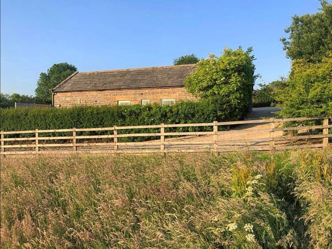 Valley View Barn