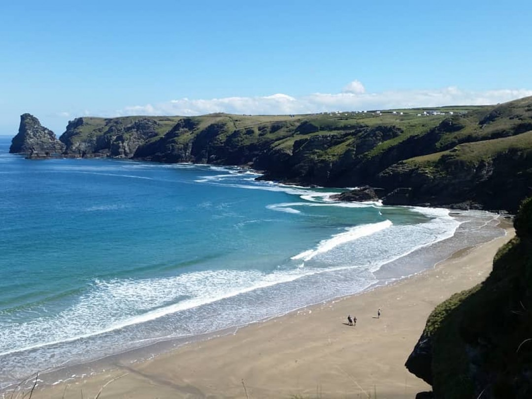 Beaches only 5 miles away from Fenteroon Farm Holiday Cottages