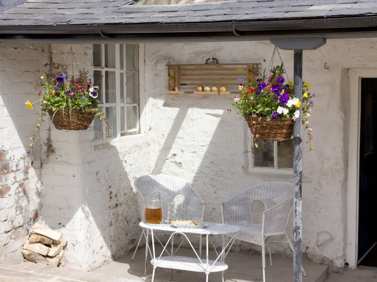 Mofton House - back porch