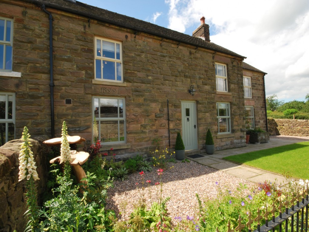 Romantic self catering holiday cottage