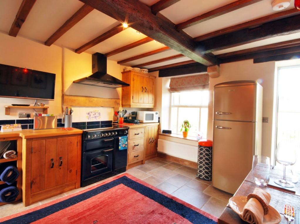 Beautiful Bespoke Kitchen holiday cottage
