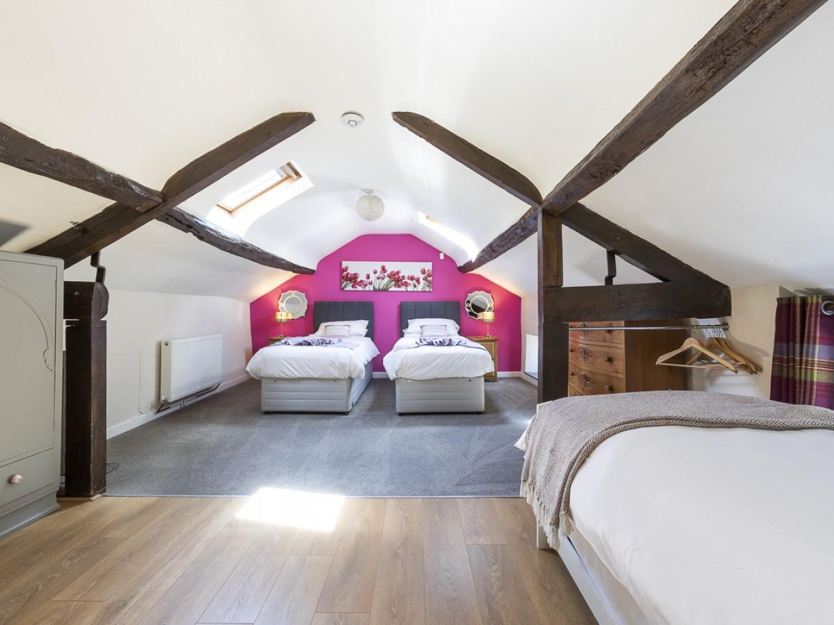 Upstairs bedroom sleeps 3
