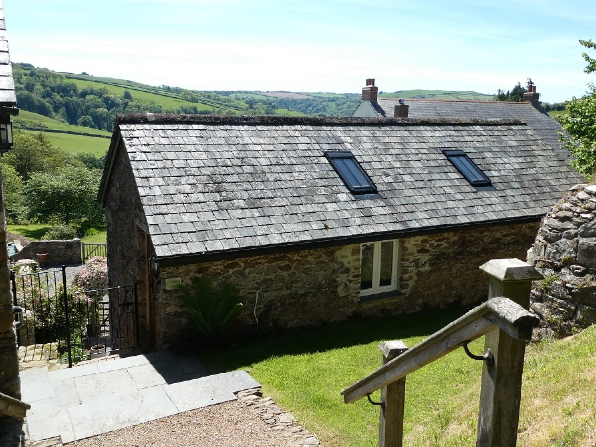 Rear view of Nutcombe Cottage at Nutcombe Holiday Cottages