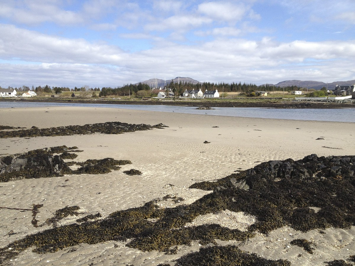 Waterside Cottage - beach at low tide