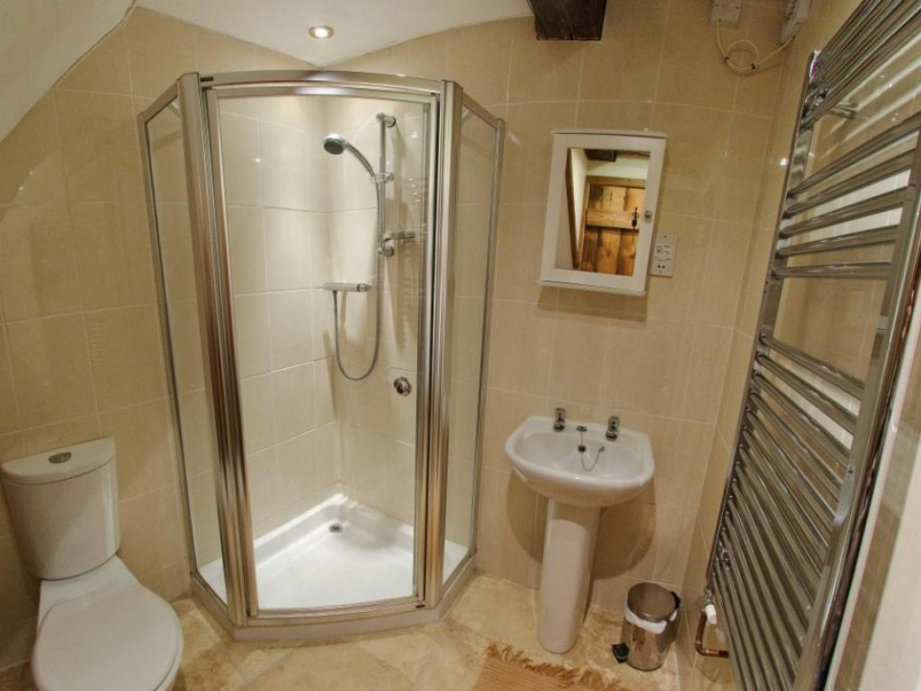 Marsh Cottage Shower Room