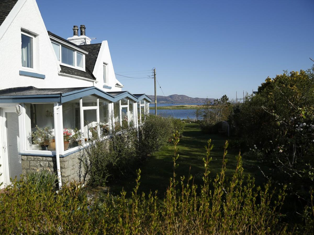 Waterside Cottage exterior