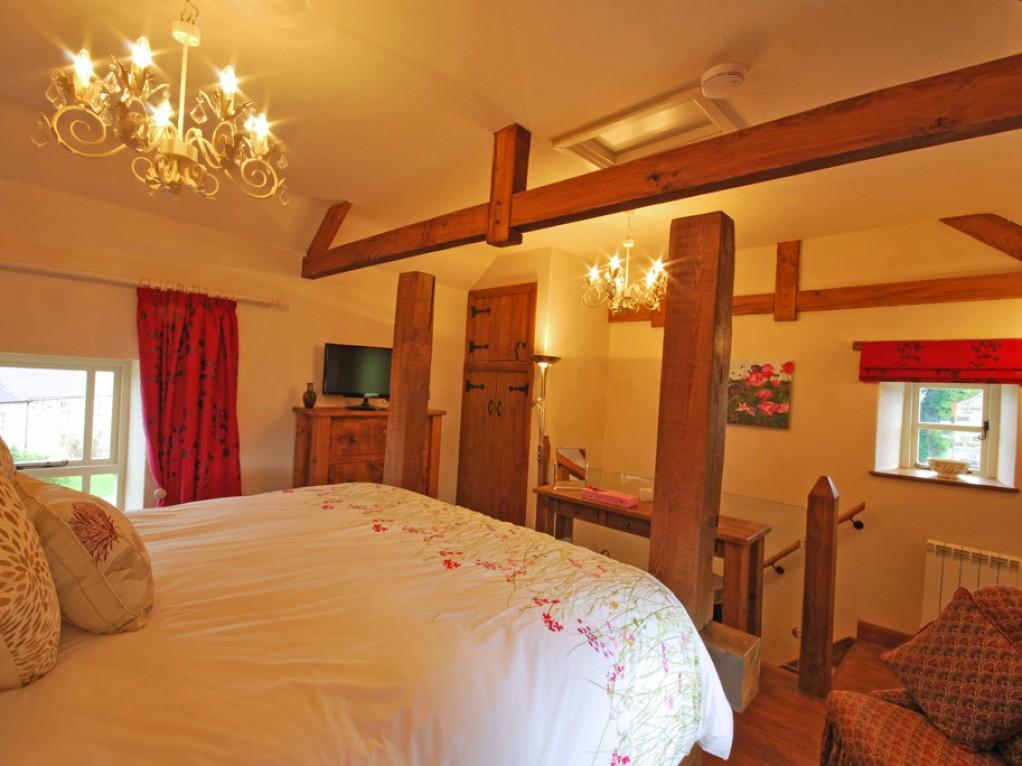 Luxurious Bedroom Peak District
