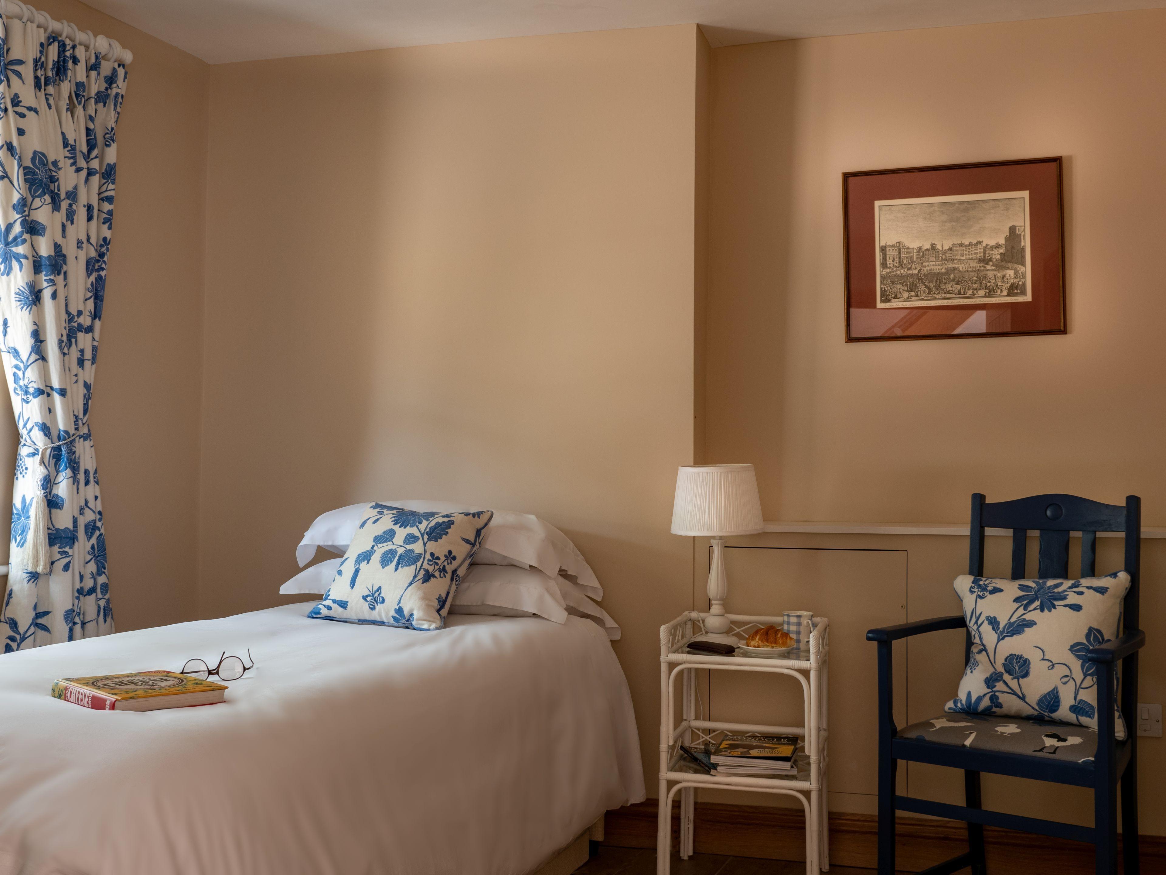 Ground floor bedroom, single or twin