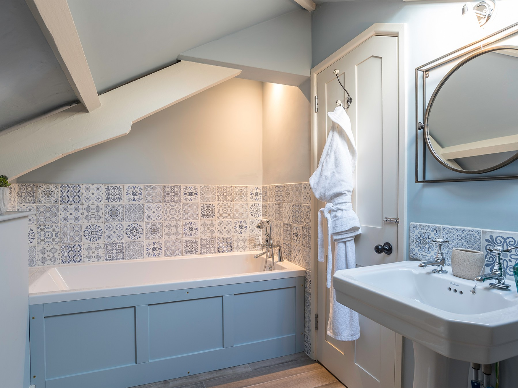Attic Ensuite Bathroom