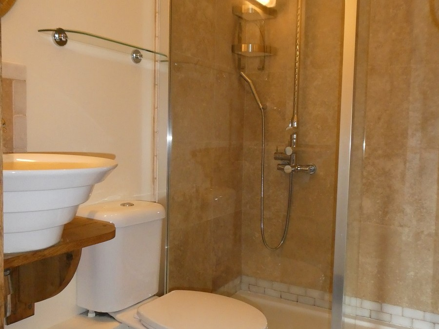 Single en-suite at Cider House at Nutcombe Holiday Cottages
