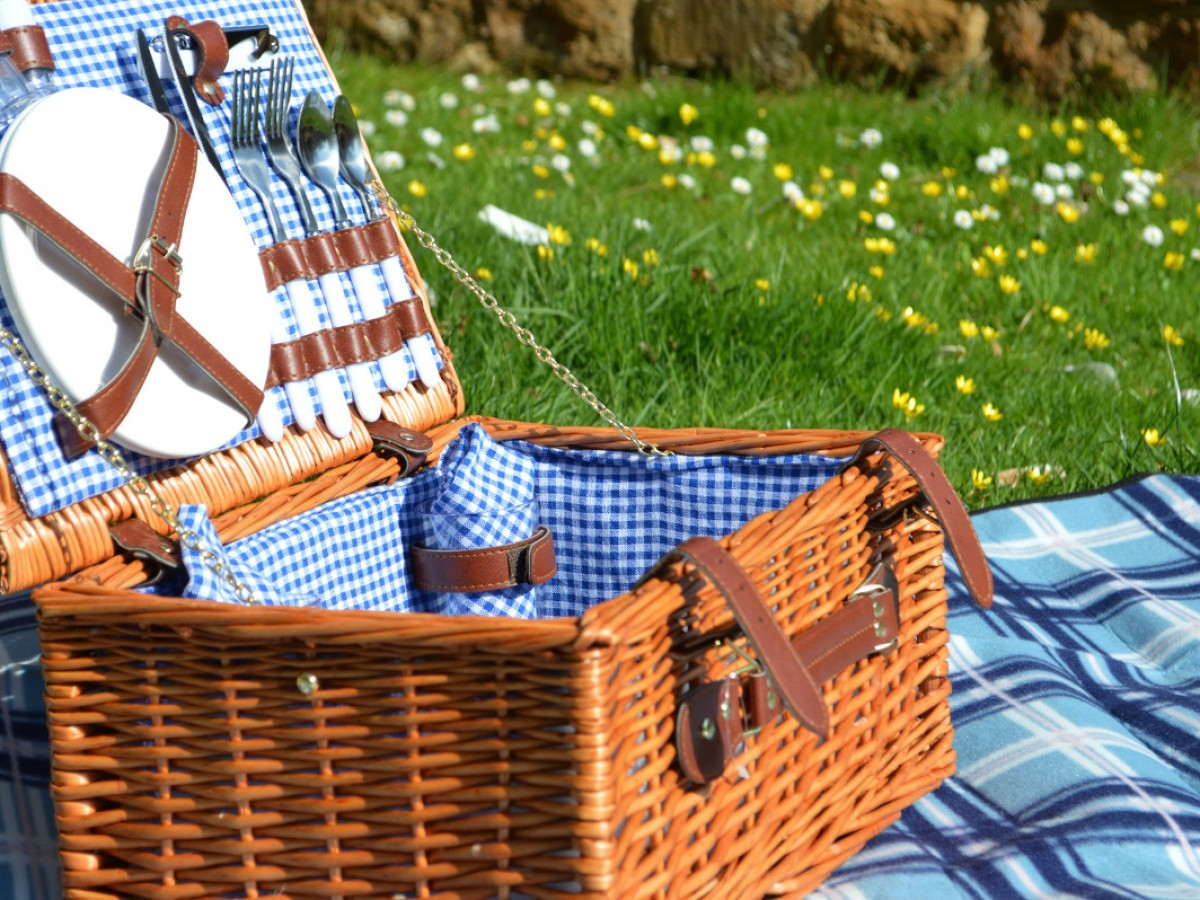 Picnic hampers supplied in each cottage