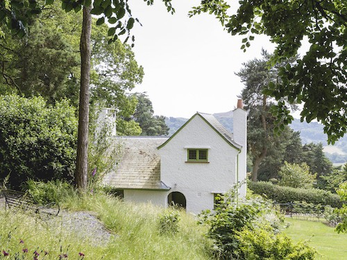 The Lodge at Perrycroft Holiday Cottages