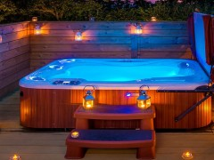 Hot Tub Cottage Facilities