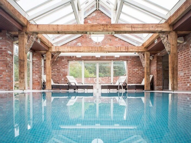 luxury farmhouse cottages with private swimming pool