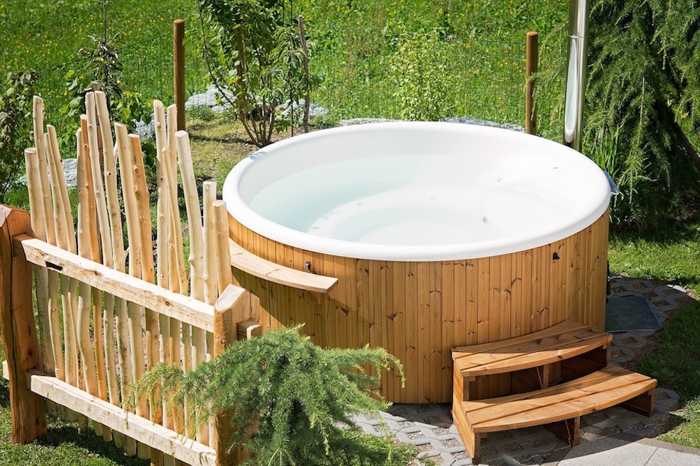 Private Hot Tub Cottage