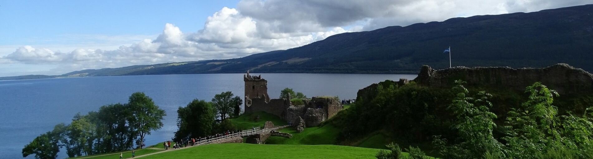 Luxury Cottages overlooking Loch Ness