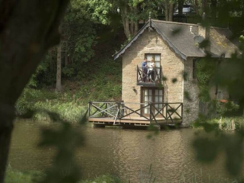 Romantic, waterside hideaway, Scotland