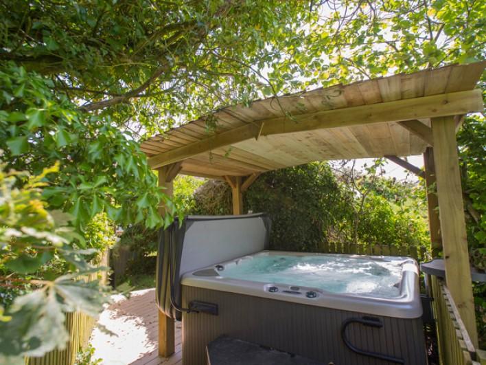 Luxury Devon Hot Tub Cottage